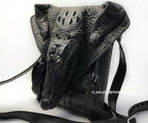 túi đeo chéo đầu cá sấu